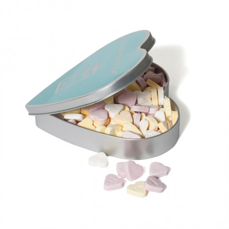 TiN HEART WITH HEART SHAPED SWEETS